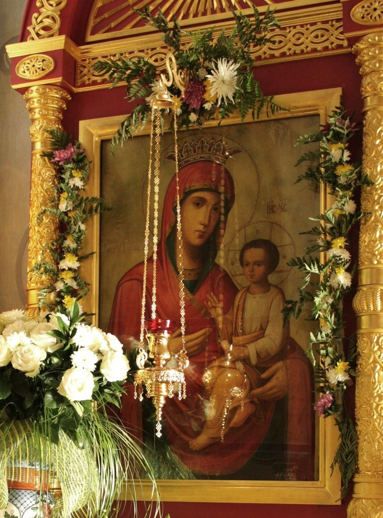 Образ «Скоропослушницы» в Свято-Троицком Александро-Невском ставропигиальном женском монастыре.